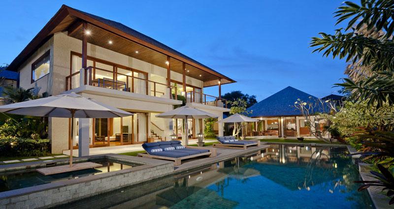 Vacation villa rental in Bali - Seminyak - Batubelig - Villa 237