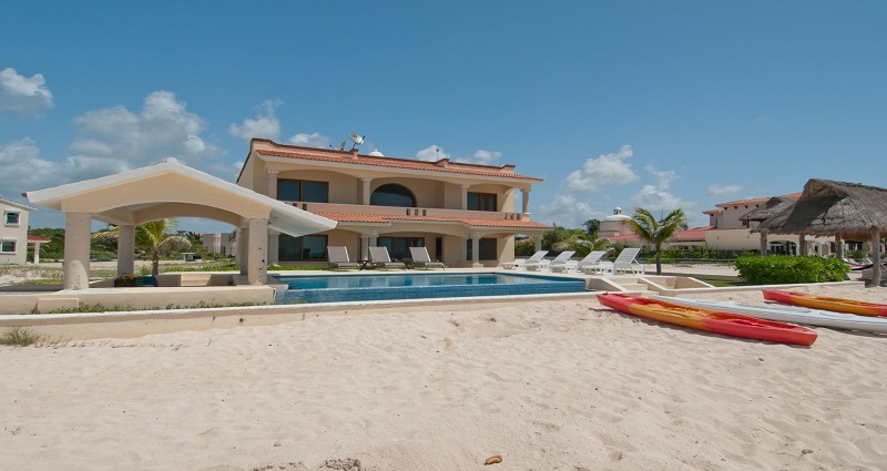 Villa in playa paraiso for Villas quintana roo