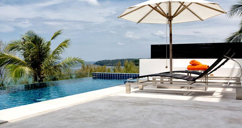 Bed and breakfast in Thailand - Phuket - Surin Beach - Inn 391