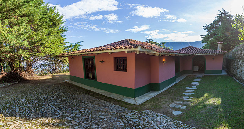 Bed and breakfast in Venezuela - Miranda state - Galipan - Inn 512